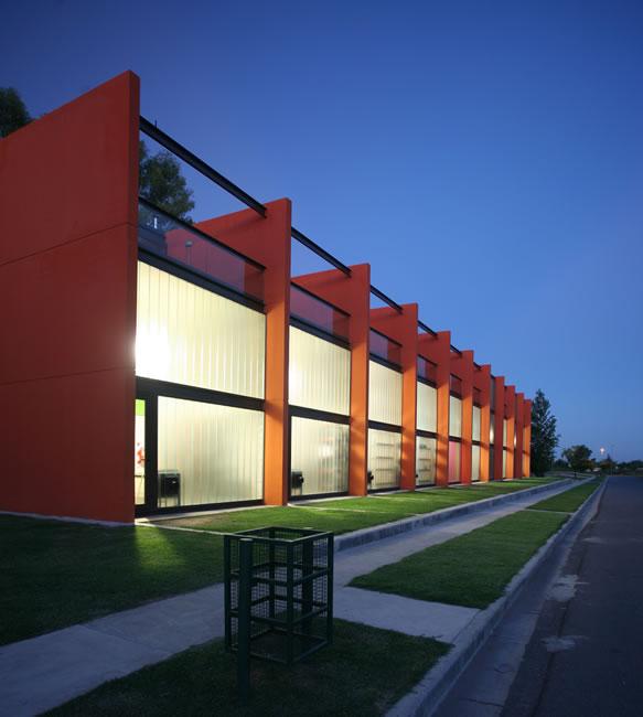 Art design tech viviendas peque as con estilo for Viviendas pequenas
