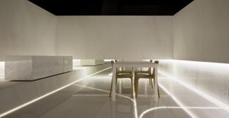 España: Blanc. Showroom L'Antic Colonial, Grupo Porcelanosa, Villareal, Castellón - Fran Silvestre Arquitectos