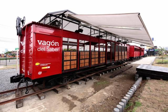 Ecuador: Vagón del Saber - Litoral, AL BORDE