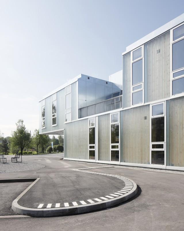 Letonia: Escuela de Música y Arte de Saldus - MADE arhitekti