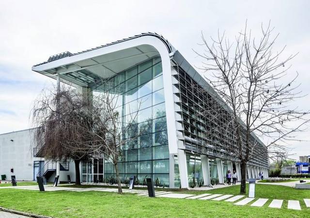 Argentina oficinas de tetra pak berdichevsky cherny for Arquitectura de oficinas