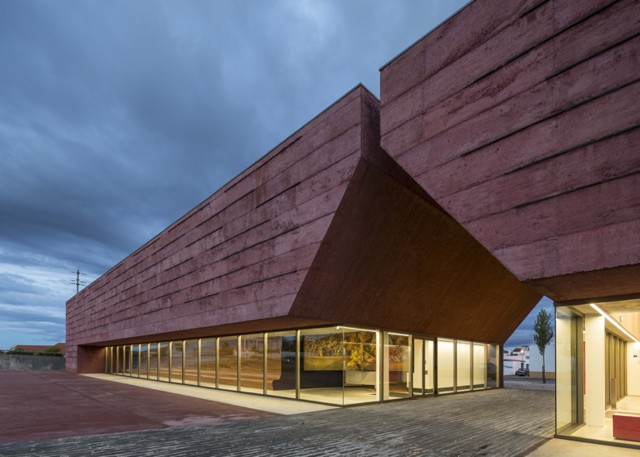Portugal: Centro de interpretación de la Batalla de Atoleiros - Gonçalo Byrne Arquitectos