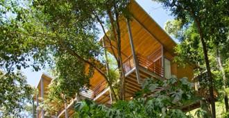 Costa Rica: Casa Flotanta, Puntarenas - Benjamin Garcia Saxe