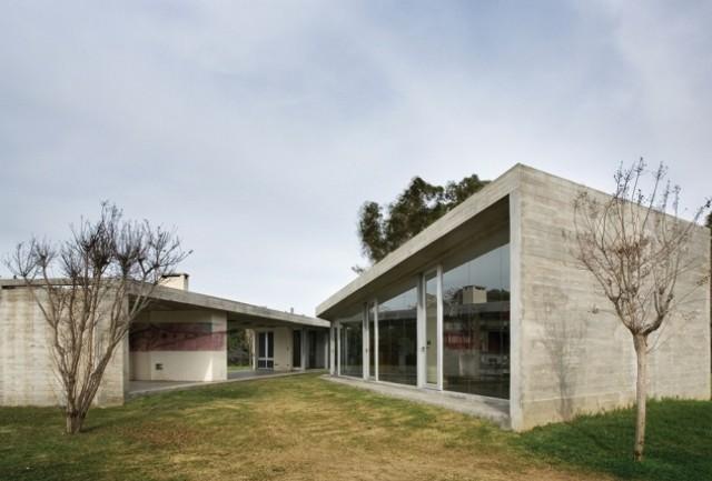 Argentina: Casa Arroyo del Medio - Arq. Gervasio Solari