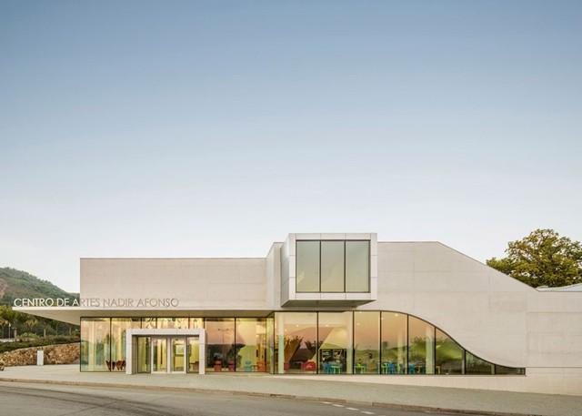 Portugal: Centro de Artes Nadir Afonso, Boticas - Louise Braverman Architect
