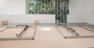 Bienal de Venecia 2014: Pabellón de Israel, 'The Urburb'
