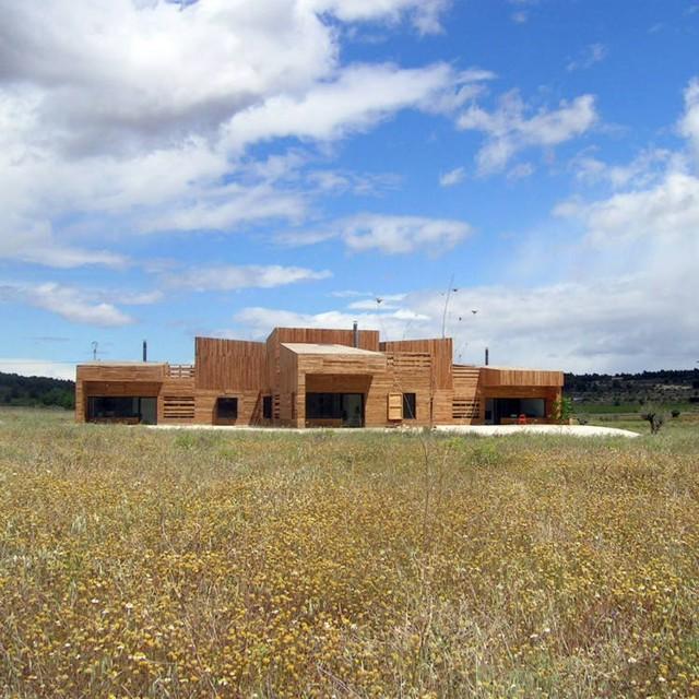 España: Casa Tres Hermanas- Blancafort-Reus Arquitectura