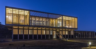 Chile: Casa Tunquén - Nicolas Loi + Arquitectos Asociados