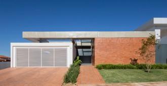 Brasil: Casa Malva, Brasilia - BLOCO Arquitetos