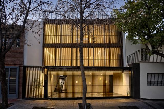 Argentina: ESCALA83 Apartamentos, Mendoza - GRUPODEARQUITECTURA