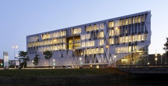 Video: Campus Kolding, University of Southern Denmark - Henning Larsen Architects
