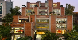 India: Oficinas para la firma Triburg - SPA Design