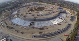 Video: Las obras del 'Apple Campus' en Cupertino, California - Foster + Partners