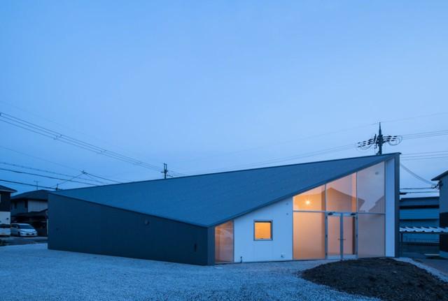 Japón: Skyhole - Alphaville Architects