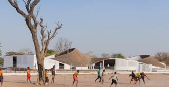 Senegal: Centro Cultural, Sinthian - Toshiko Mori