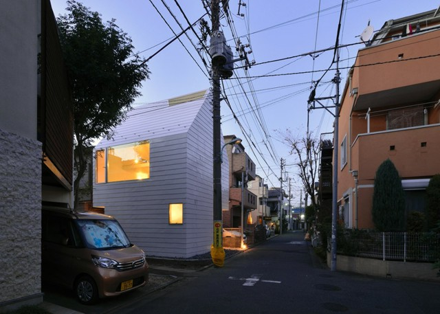 Japón: Townhouse en Takaban, Tokio - Niji Architects