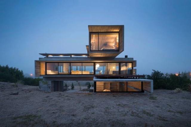 Argentina: Casa Golf, Costa Esmeralda - Luciano Kruk