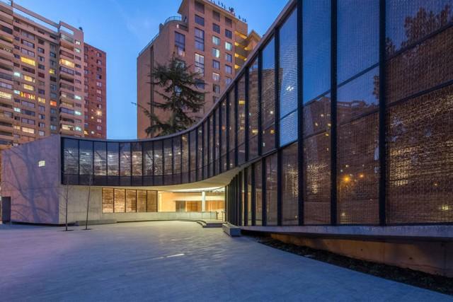 Chile: Museo Violeta Parra, Santiago - Undurraga Devés Arquitectos