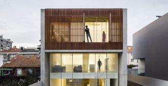 Portugal: Casa en Bonfin, Porto - AZO. Sequeira Arquitectos Associados