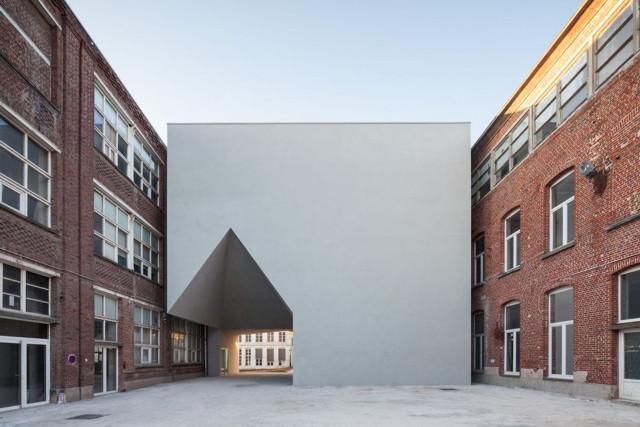 Bélgica: Facultad de Arquitectura, Universidad Católica de Louvain - Aires Mateus