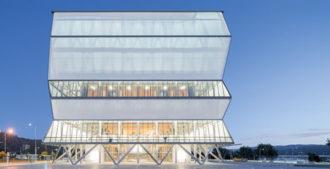 Chile: Teatro Regional del Bío Bío - Smiljan Radic